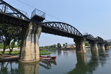 Puente en el río Kwai, Kanchanaburi, Tailandia