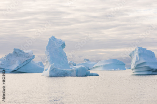 In de dag Antarctica 2 Beautiful icebergs