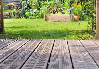 terrasse bois et jardin
