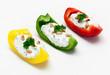 Paprika-Schiffchen mit Kräuterquark
