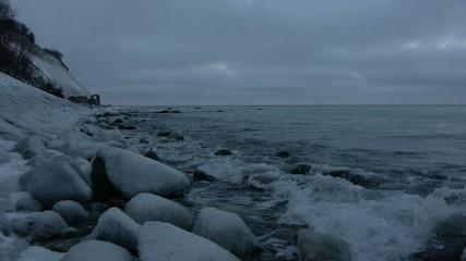 Steilküste im Winter