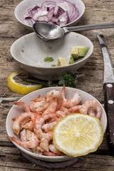 process of making sea salad with shrimps