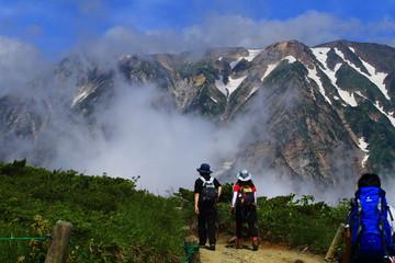 夏山と登山者