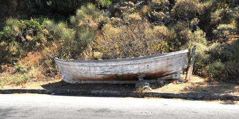 photo of old rotten boat