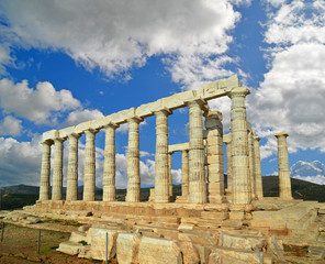 ancient apollo temple - sounio cape - greece