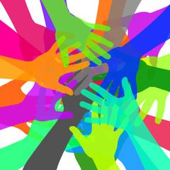 mains de couleurs réunies