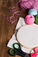Set Embroidery : Threads and accessories and hoop
