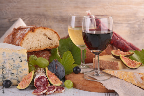 canvas print picture wine,cheese and sausage