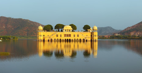 jal mahal palace on lake in Jaipur