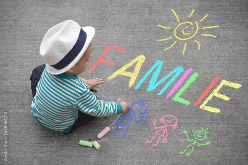 Leinwanddruck Bild Kinderzeichnung mit Kreide - Familie