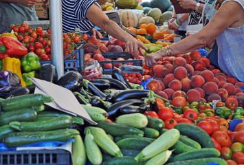 Frutta e verdura al mercato di San Pantaleo - Sardegna