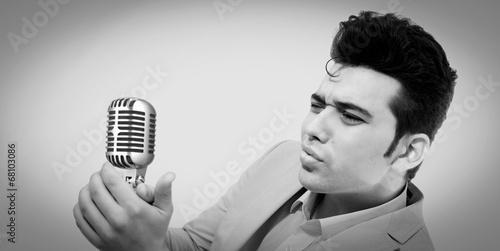 Fotografiet the style of Elvis Presley