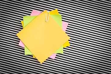Magnet paper note