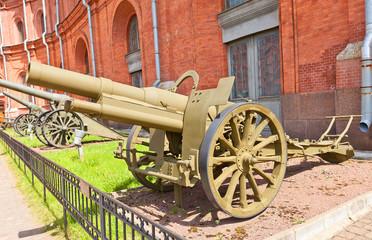 155 mm French howitzer model 1915 Saint-Chamond