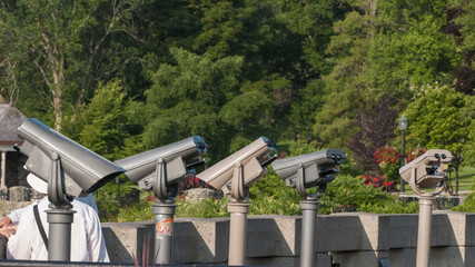 Viewing binocular