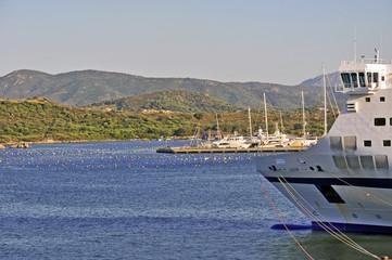 Tragnetti nel porto di Olbia, Sardegna