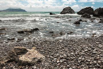 Каменистое побережье Черного моря