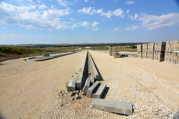 calle en obras en un nuevo poligono industrial