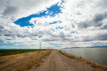 Dirt road and Salt Lake in Utah
