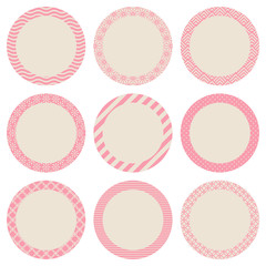 Round Label Retro Pattern Beige/Rose