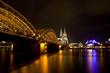canvas print picture - Hohenzollernbrücke und Kölner Dom
