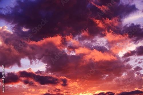 Scenic Sunset Cloudscape