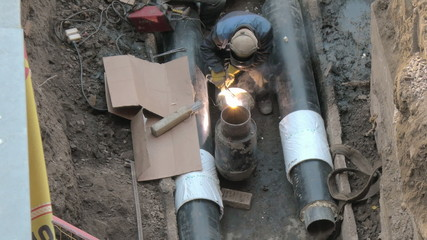 Welding pipe, welder up
