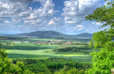 Blick auf die Gleichberge Thüringen