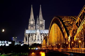 Nacht Eisenbahnbrücke