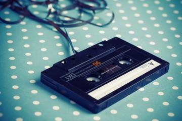 Audio tape cassette
