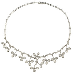 Luxury necklace with flowers.