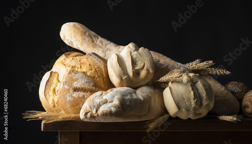 Fotobehang Brood Bread on the wooden table