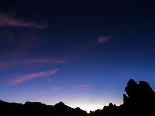 Mond und Venus über Roques de Garcia auf Teneriffa