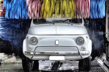 Lavaggio di auto d'epoca