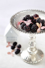 Blackberries on serving dish