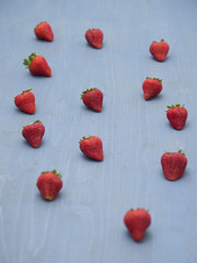 strawberries table