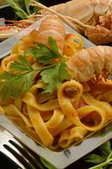 Tagliatelle con scampi Cucina italiana Italian cuisine