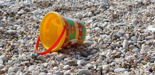 Secchiello in spiaggia