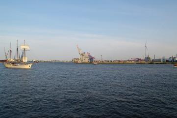 Hamburger Hafenanlagen 13