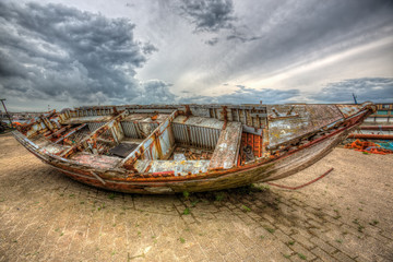 High dynamic range picture of a boat wreck