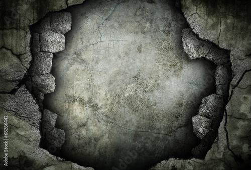 broken stone wall - 68286442