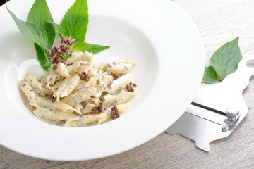 Pasta with black Truffles and cream sauce