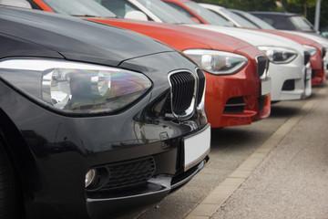 Autos von vorn