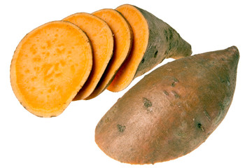aufgeschnittene Süßkartoffel isoliert