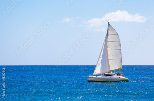Staande foto Jacht catamaran