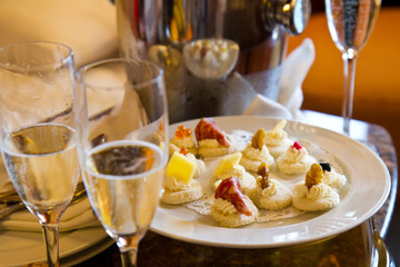 champagne glass with canape