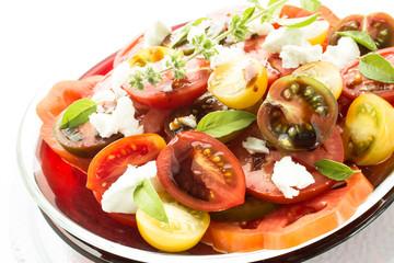 Salat mit Tomaten und Balsamico