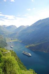 aus dem fjord hinaus