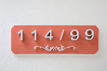 House number tag