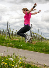 Junge Frau bei inline-skaten :)